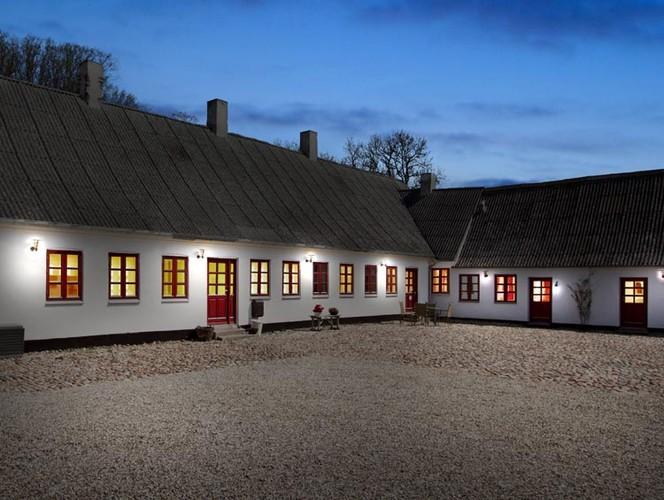 Den Dejligste Gård På Fyn - Åløkkegården Bed and Breakfast